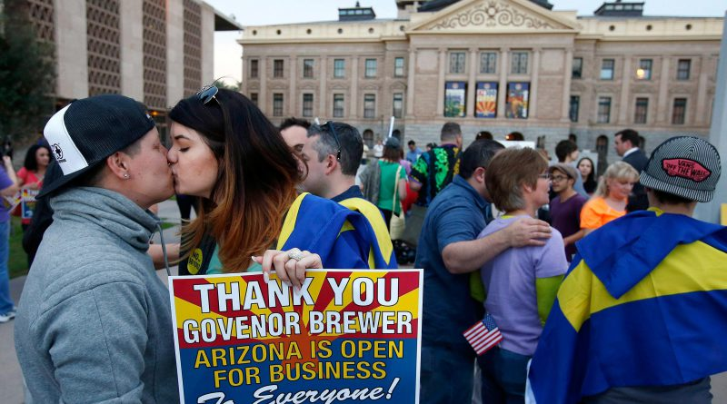 140226-arizona-gay-rights-2150_c03a9bbbcfed0fa9a562c388148f90a6